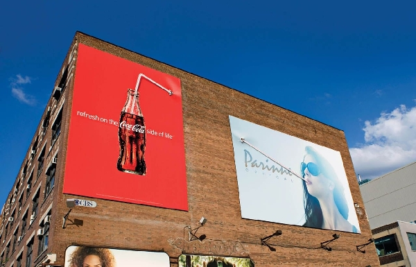 cocacola-straw-Billboard-advertisements